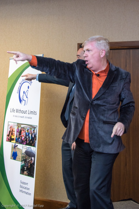 Auctioneer David Jones pumped up the crowd and awarded the big prizes of the night.