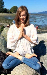 Mikaela photo 1